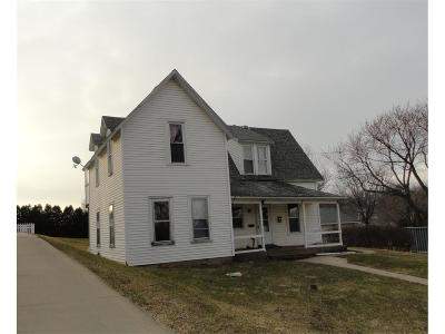 Monticello IA Multi Family Home For Sale: $66,000