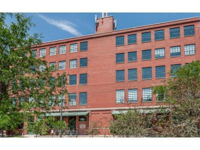 Cedar Rapids Condo/Townhouse For Sale: 905 3rd Street SE #111