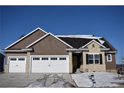 North Liberty Single Family Home For Sale: 935 Grouse Court