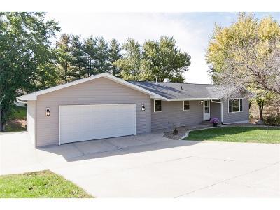 Solon Single Family Home For Sale: 2918 Cedar Drive NE