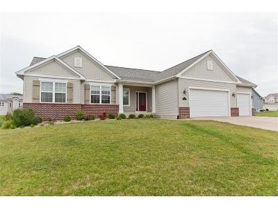 Cedar Rapids Single Family Home For Sale: 6310 Ushers Ridge Drive NE