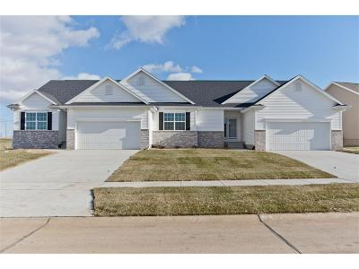 Cedar Rapids IA Condo/Townhouse For Sale: $245,000