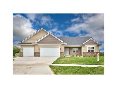Cedar Rapids Single Family Home For Sale: 6209 Casey Court NE