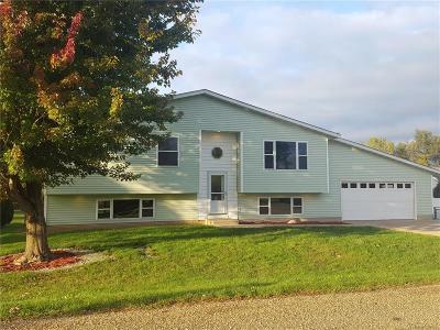 Palo Single Family Home For Sale: 108 Stephen Street
