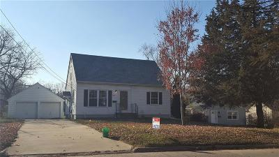 Cedar Rapids Single Family Home For Sale: 1289 32nd Street NE