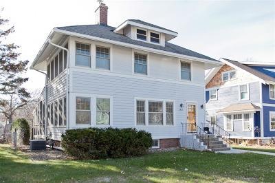 Cedar Rapids Single Family Home For Sale: 2421 4th Avenue SE