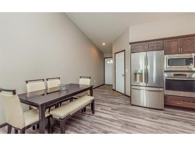 Fairfax Condo/Townhouse For Sale: 1393 Applewood Drive