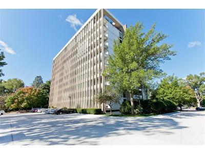 Cedar Rapids Condo/Townhouse For Sale: 2222 1st Avenue NE #601-602