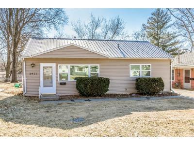 Cedar Rapids Single Family Home For Sale: 3911 Mt Vernon Road SE
