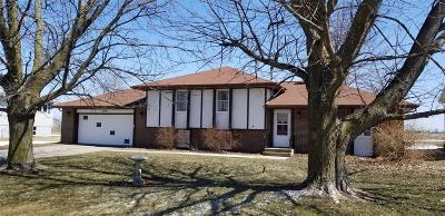 Van Horne IA Single Family Home For Sale: $144,900