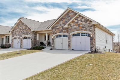 North Liberty Condo/Townhouse For Sale: 1530 Cedar Vista Lane