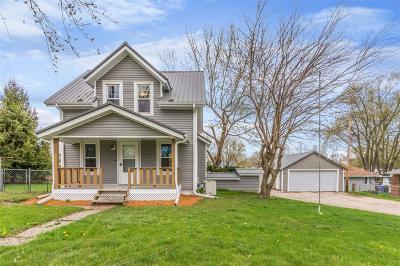 Cedar Rapids Single Family Home For Sale: 1344 Wilson Avenue SW