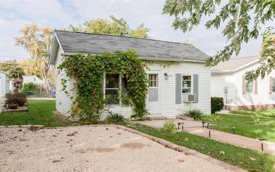 Cedar Rapids Single Family Home For Sale: 1338 22nd Avenue SW