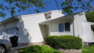 Coralville Condo/Townhouse For Sale: 2225 10th Street