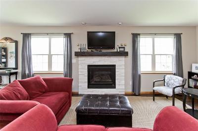 Anamosa Single Family Home For Sale: 617 Kaitlynn Avenue