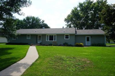 Monticello IA Single Family Home For Sale: $189,900
