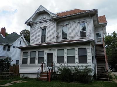 Marion Multi Family Home For Sale: 1990 8th Avenue