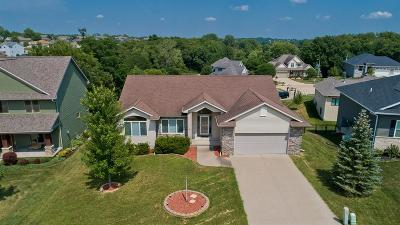 Coralville Single Family Home For Sale: 2043 Glen Oaks Drive