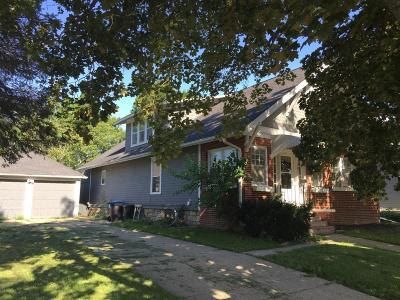 Monticello IA Single Family Home For Sale: $88,500