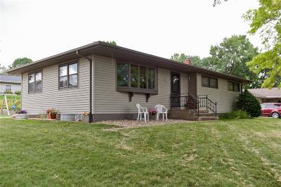 Anamosa Single Family Home For Sale: 100 N McNamara Drive