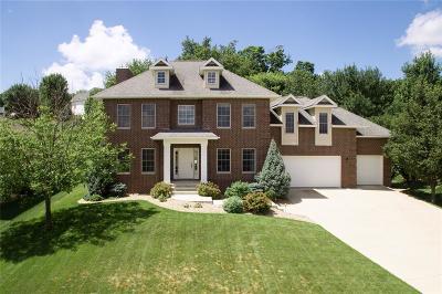 Cedar Rapids Single Family Home For Sale: 6627 Ashwood Court NE