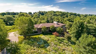 Cedar Rapids Single Family Home For Sale: 258 Abbotsford Road SE