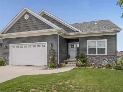 Hiawatha Condo/Townhouse For Sale: 240 Ridgewood Drive