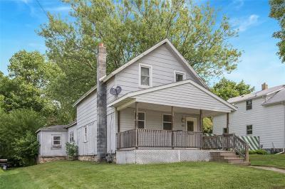 Anamosa Single Family Home For Sale: 102 W Walnut