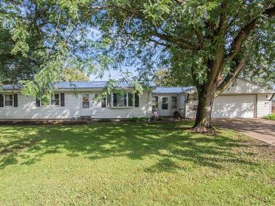 Blairstown IA Single Family Home For Sale: $134,900