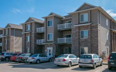 North Liberty Condo/Townhouse For Sale: 285 Sadler Lane #301