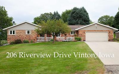 Vinton Single Family Home For Sale: 206 Riverview Drive