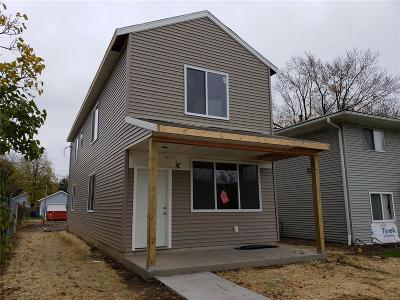 Cedar Rapids IA Single Family Home For Sale: $165,000