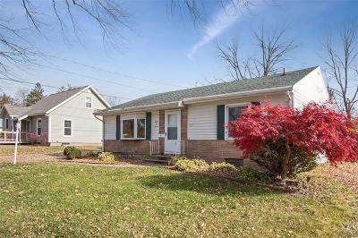Cedar Rapids Single Family Home For Sale: 3211 C Avenue NE