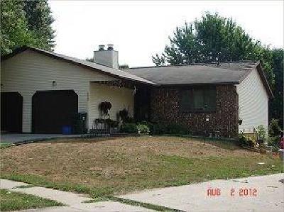 Iowa City Multi Family Home For Sale: 1240-1242 Dolen Place