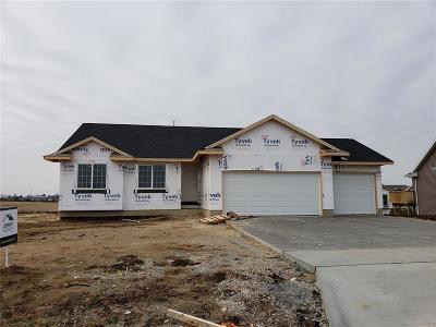 Cedar Rapids Single Family Home For Sale: 6530 Scarlet Rose Circle SW
