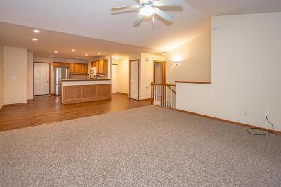Cedar Rapids Condo/Townhouse For Sale: 3605 37th Avenue SW #B
