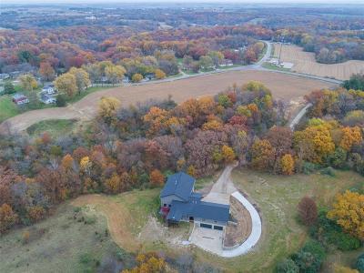 Solon Single Family Home For Sale: 3127 Sandy Beach Road NE