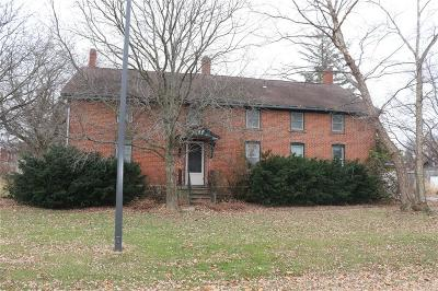 Single Family Home For Sale: 408 Q Street