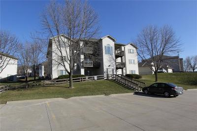 Coralville Multi Family Home For Sale: 2880 Coral Court