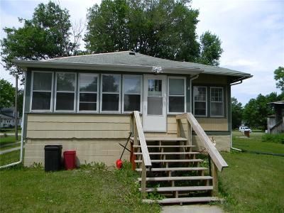 Marengo IA Single Family Home For Sale: $54,500