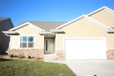 Cedar Rapids Condo/Townhouse For Sale: 3524 Pioneer Avenue SE