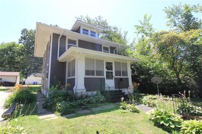 Cedar Rapids Single Family Home For Sale: 1811 D Avenue NE