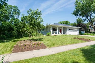 Iowa City Single Family Home For Sale: 1511 Bristol Drive