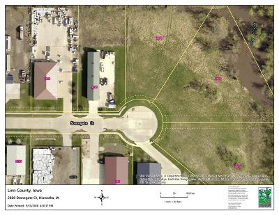 Hiawatha Residential Lots & Land For Sale: 2800 Stonegate Court