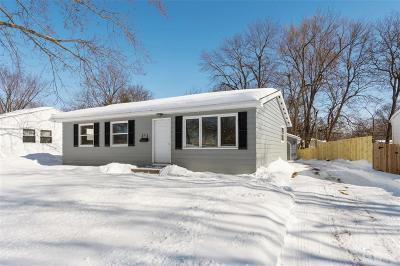 Cedar Rapids Single Family Home For Sale: 4418 Walker Street NE