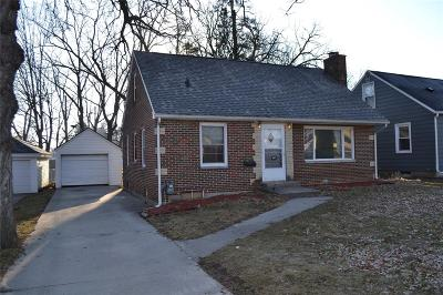 Cedar Rapids Single Family Home For Sale: 447 19th Street NW