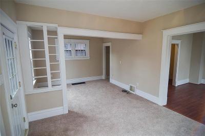 Cedar Rapids Single Family Home For Sale: 1954 Mt Vernon Road SE