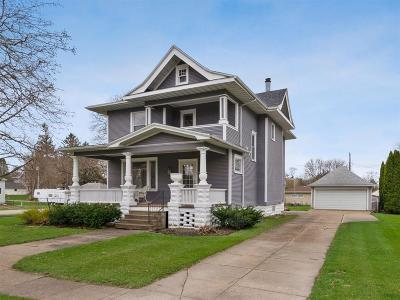 Van Horne IA Single Family Home For Sale: $169,900