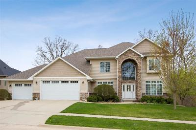 North Liberty Single Family Home For Sale: 1875 Scarlet Oak Circle