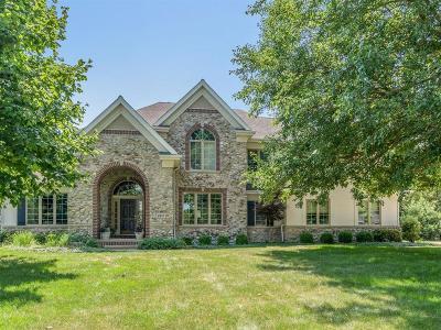 Cedar Rapids Single Family Home For Sale: 2612 Diamondwood Drive SE